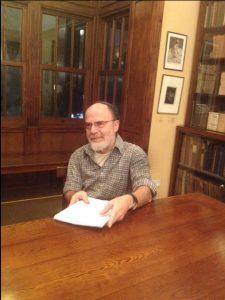 Шмуэль Авнери ― директор архива в Доме-музее Бялика, ученый-исследователь, эссеист, редактор. Один из лучших знатоков жизни и творчества Бялика