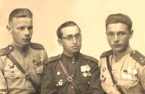 Михаил Шапиро с боевыми друзьями, 1944 год, 15 сентября, Калушин, Польша