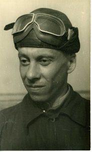 В школе пилотов. Днепропетровск, 1939 г