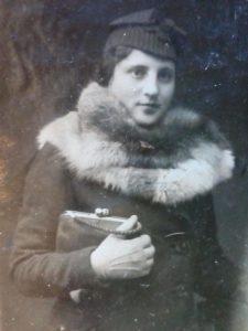 Геня Шуберт во время учебы, 15 апреля 1941г.