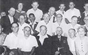 1958 год. Руководство города Петах-Тиквы. Справа налево: 3-й – глава ишува Авраам Шапиро, мэр города Пинхас Рашиш, секретарь профсоюза Хаим Белый