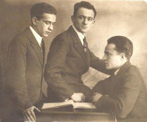 Средняя Азия, Андижан. Ссыльные сионисты (слева направо): Яков Скульский, Беньямин Гельман, Абрам Сохнин