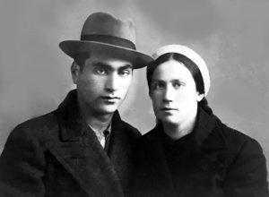 Иче Борухович с сестрой Саррой. Они были очень дружны. Уходя на войну, он просил ее верить, что вернется живым