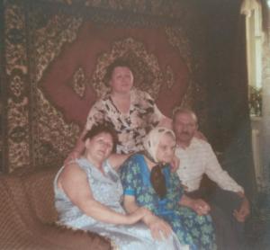 Фото 2001 год. Людмила Дмитриевна Ольга Матвеевна, Евгения Давидовна, Илья Давидович