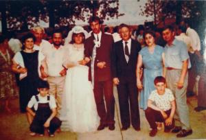 Фото №12: Владимир Вейхерман с семьей на свадьбе правнучки Оксаны Чмиль своих спасителей Ивана и Екатерины Манькевич;1990 год
