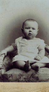 Маленькая Генриэтта (Туся)