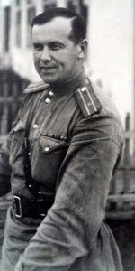 Дядя Саша майор