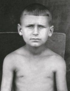 Третьеклассник. Хмельник, 1947