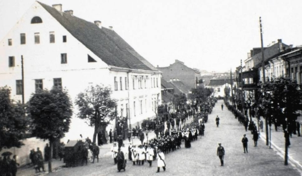 Фото 49. Немецкая улица