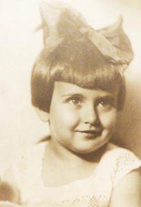Инна Кушнер (в девичестве — Рабинович)в возрасте 3 лет